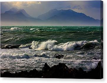 Canvas Print featuring the photograph Rough Seas Kaikoura New Zealand by Amanda Stadther