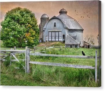 Round Barn Farm Canvas Print by Lori Deiter