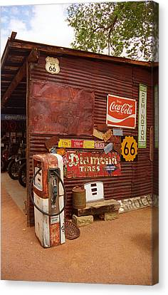 Route 66 Garage And Pump Canvas Print by Frank Romeo