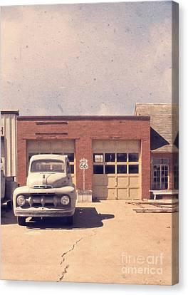 Route 66 Garage Canvas Print by Edward Fielding