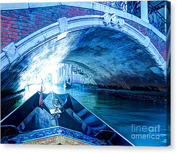 Canvas Print featuring the photograph Route To Light by Hanza Turgul