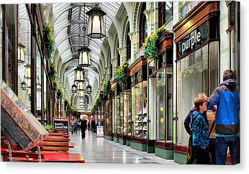 Royal Arcade Canvas Print by Pedro Fernandez