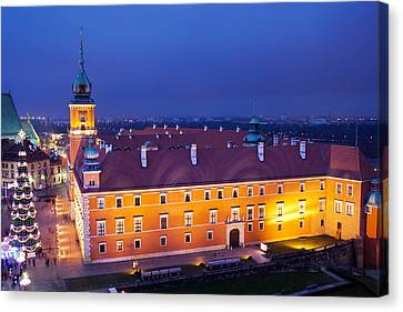 Royal Castle In Warsaw At Night Canvas Print by Artur Bogacki