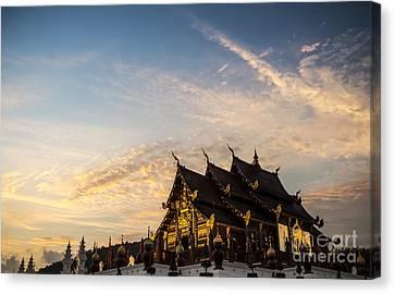 Royal Park Rajapruek On Sunset Canvas Print by Setsiri Silapasuwanchai