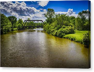 Canvas Print featuring the photograph Royal River by Mark Myhaver