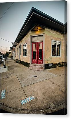 Royal Street Landerette In The Marigny Of New Orleans Canvas Print by Ray Devlin