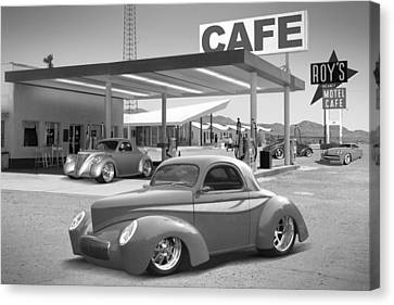 Roy's Gas Station 2bw Canvas Print by Mike McGlothlen