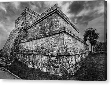 Ruin At Tulum Canvas Print by Julian Cook