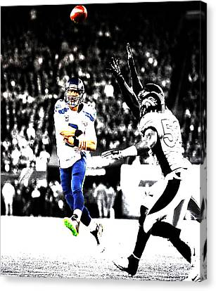 Russell Wilson Running Pass Canvas Print by Brian Reaves