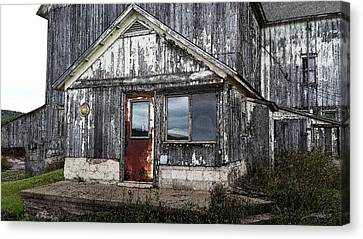 Rusted Farmhouse Door Canvas Print by Michael Spano