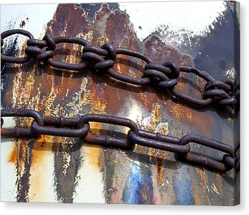Rusted Links Canvas Print by Fran Riley
