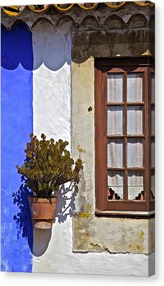 Rustic Brown Window Of The Medieval Village Of Obidos Canvas Print by David Letts