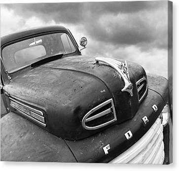 Rusty 1948 Ford V8 In Black And White Canvas Print by Gill Billington