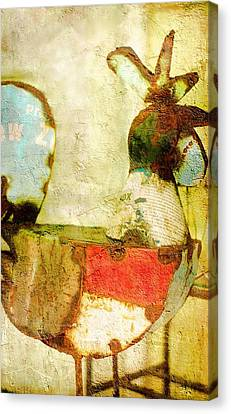 Rusty Rooster Cock Of The Walk  Canvas Print by Suzanne Powers