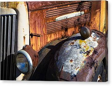 Rusty Truck Detail Canvas Print by Garry Gay