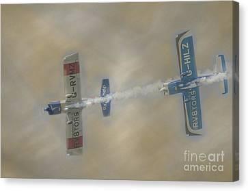 Rv8tors Canvas Print by Darren Wilkes