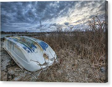 Rye Dinghy Canvas Print by Eric Gendron