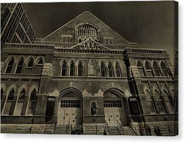 Ryman Auditorium Canvas Print by Dan Sproul