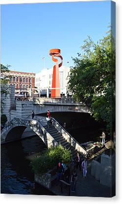 Canvas Print featuring the photograph Sa River Walk by Shawn Marlow