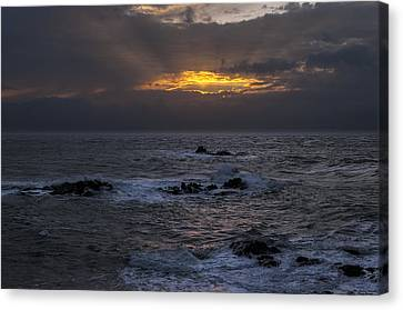 Sail Rock Sunrise 2 Canvas Print by Marty Saccone