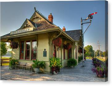 Saint Charles Station Canvas Print by Steve Stuller