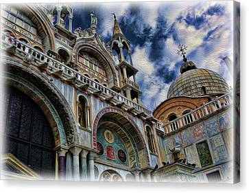 Saint Mark's Basilica Canvas Print by Lee Dos Santos