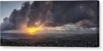 Salvador Sunset Canvas Print by Gary Zuercher