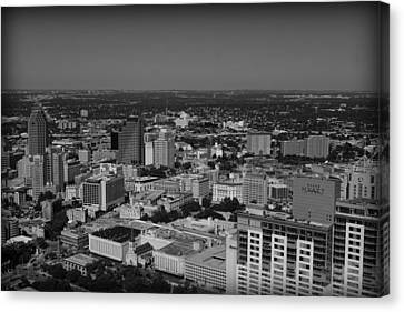 San Antonio - Bw Canvas Print by Beth Vincent