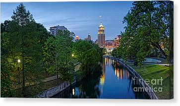 San Antonio Skyline Tower Life Building And Riverwalk From Cesar Chavez Boulevard - Texas Canvas Print