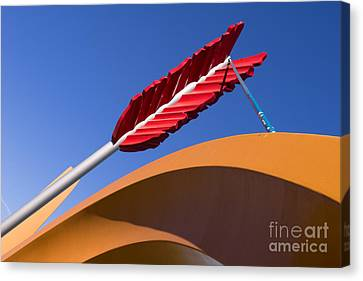 San Francisco Cupids Span Sculpture At Rincon Park On The Embarcadero Dsc1819 Canvas Print by Wingsdomain Art and Photography