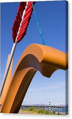San Francisco Cupids Span Sculpture At Rincon Park On The Embarcadero Dsc1825 Canvas Print by Wingsdomain Art and Photography