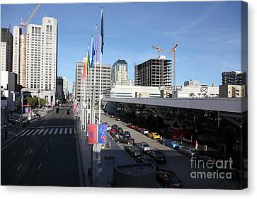 San Francisco Moscone Center And Skyline - 5d20511 Canvas Print by Wingsdomain Art and Photography