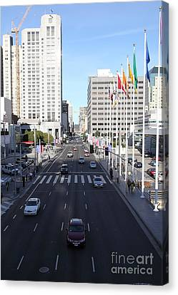 San Francisco Moscone Center And Skyline - 5d20515 Canvas Print by Wingsdomain Art and Photography