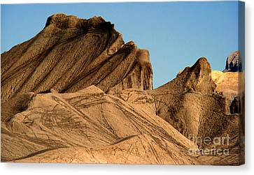 Sand Dunes In Capital Reef Canvas Print by Eva Kato