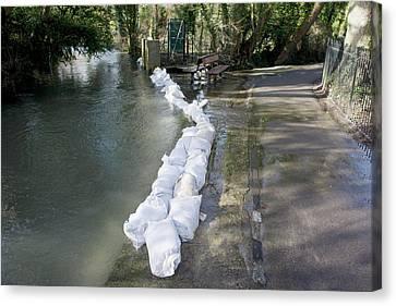 Sandbag Flood Defences Canvas Print by Sheila Terry