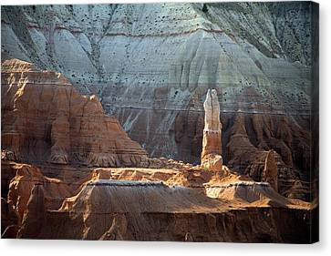 Sandstone Rocks And Spire Canvas Print by Jim West