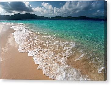 Sandy Island, British Virgin Islands Canvas Print by Susan Degginger