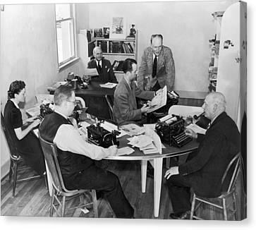 Santa Cruz Newspaper Office Canvas Print by Underwood Archives