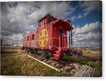 Santa Fe Caboose Canvas Print by Linda Unger