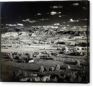 Santa Fe Canvas Print - Santa Fe In New Mexico by Herbert Matter