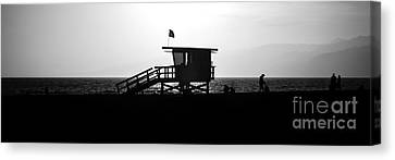 Santa Monica Lifeguard Tower Black And White Picture Canvas Print