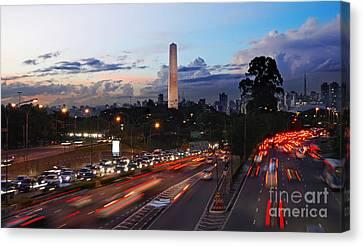 Sao Paulo Skyline - Ibirapuera Canvas Print