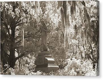 Savannah Bonaventure Cemetery Sepia Angel Monument With Hanging Spanish Moss Canvas Print by Kathy Fornal