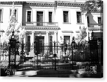 Savannah Georgia Historical District Homes - Southern Mansions Architecture Canvas Print by Kathy Fornal