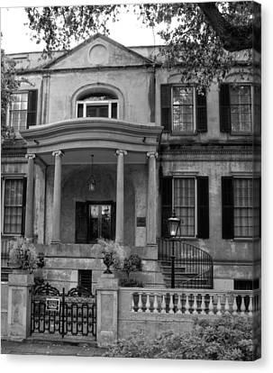 Savannah's Owens - Thomas House In Black And White Canvas Print