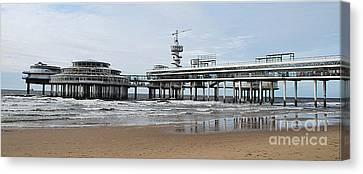 Scheveningen Beach And Pier 2  Canvas Print by Kenneth Williams