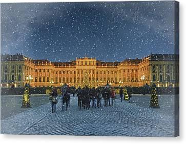 Schonbrunn Christmas Market Canvas Print by Joan Carroll