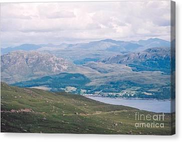 Canvas Print - Scotlands Rich Valleys by Nu Art
