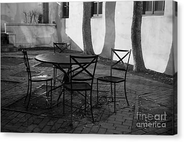 Scripps College Courtyard Canvas Print by University Icons