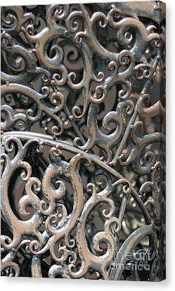Sculpture Detail Vertical Canvas Print by Barbara Bardzik